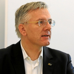 Christoph_Franz_World_Economic_Forum_2013